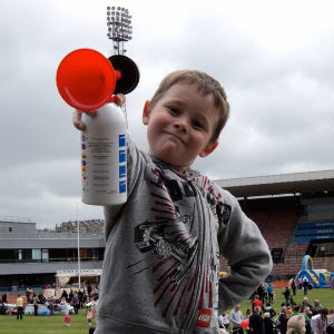 Jack started The Sick Kids Friends Foundation Teddy Toddle at Meadowbank Stadium, Edinburgh
