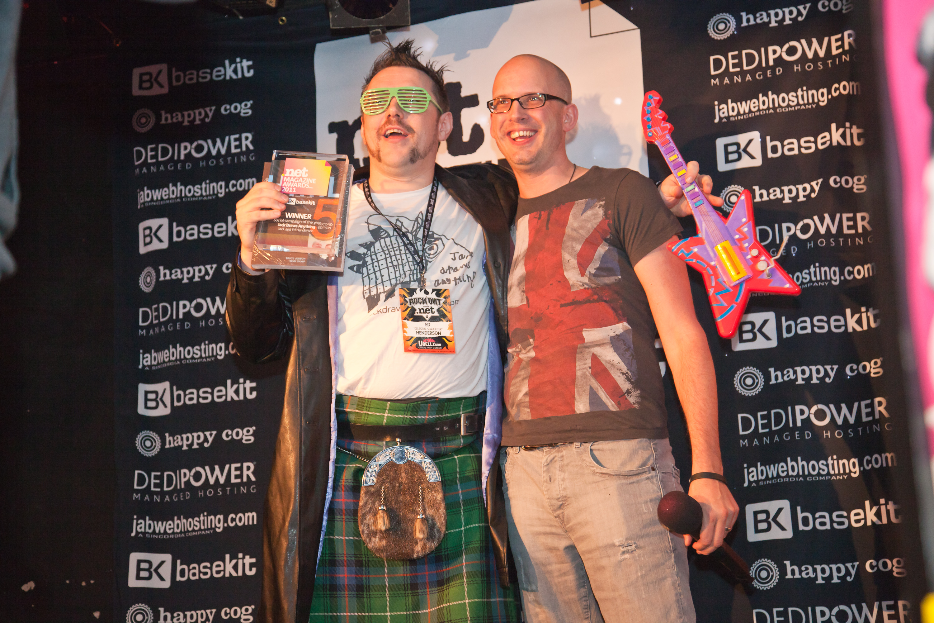 Dad Ed collecting the award (Photo Credit–Nick Dillon of Ubelly)